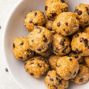 peanut butter energy balls 7
