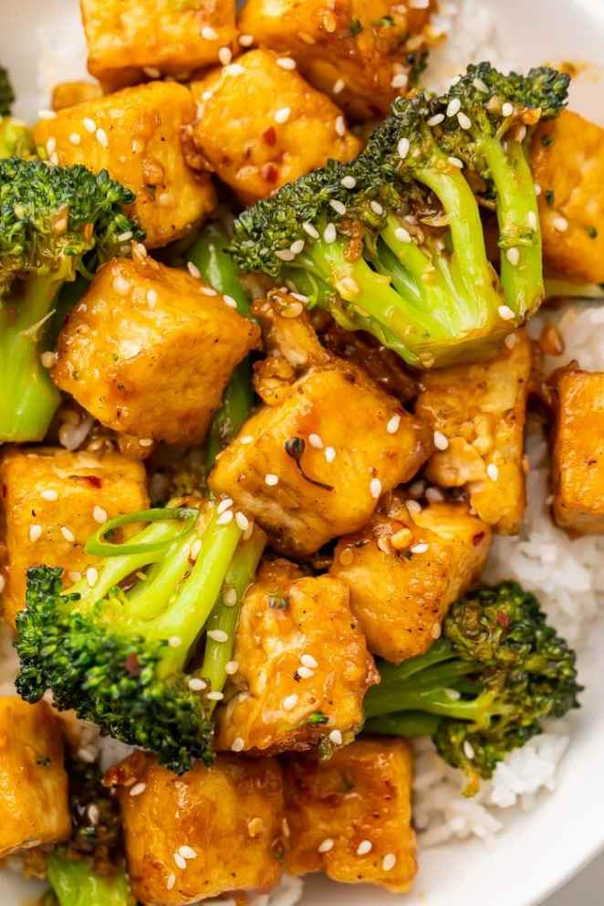 Close-up of tofu and broccoli