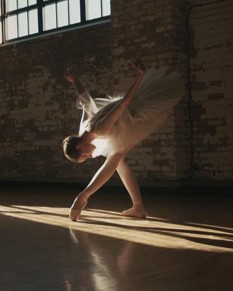 Annie Nimmo, Ballet