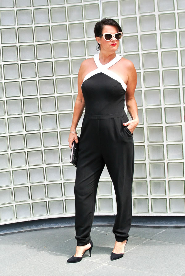 How to feel confident & beautiful and tell stories with your clothes - A style interview with Ann   40plusstyle.com