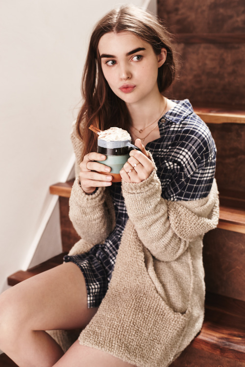 urbanoutfitters:Extra whipped cream, please. (Photo by Dan Martensen)<br /><p class=