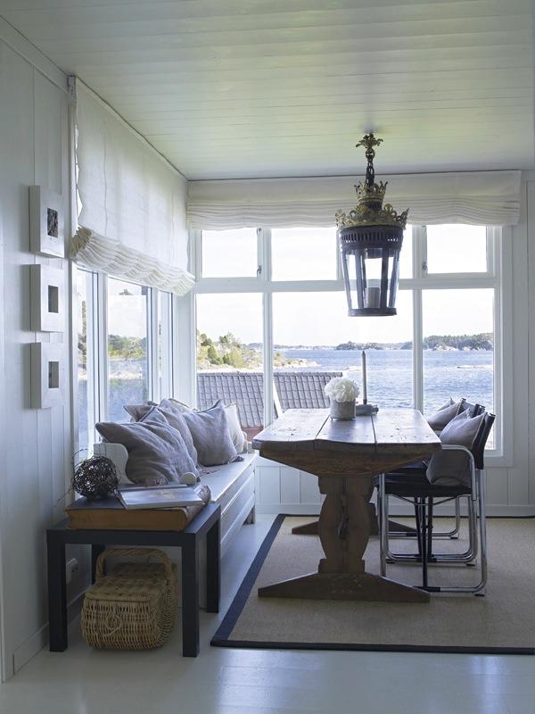 33 Enclosed Porch Breakfast Nooks Cozy Overload