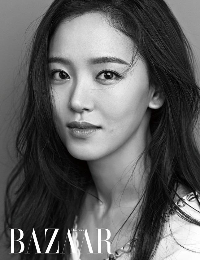 Kang Han Na - Harper's Bazaar Magazine March Issue '15