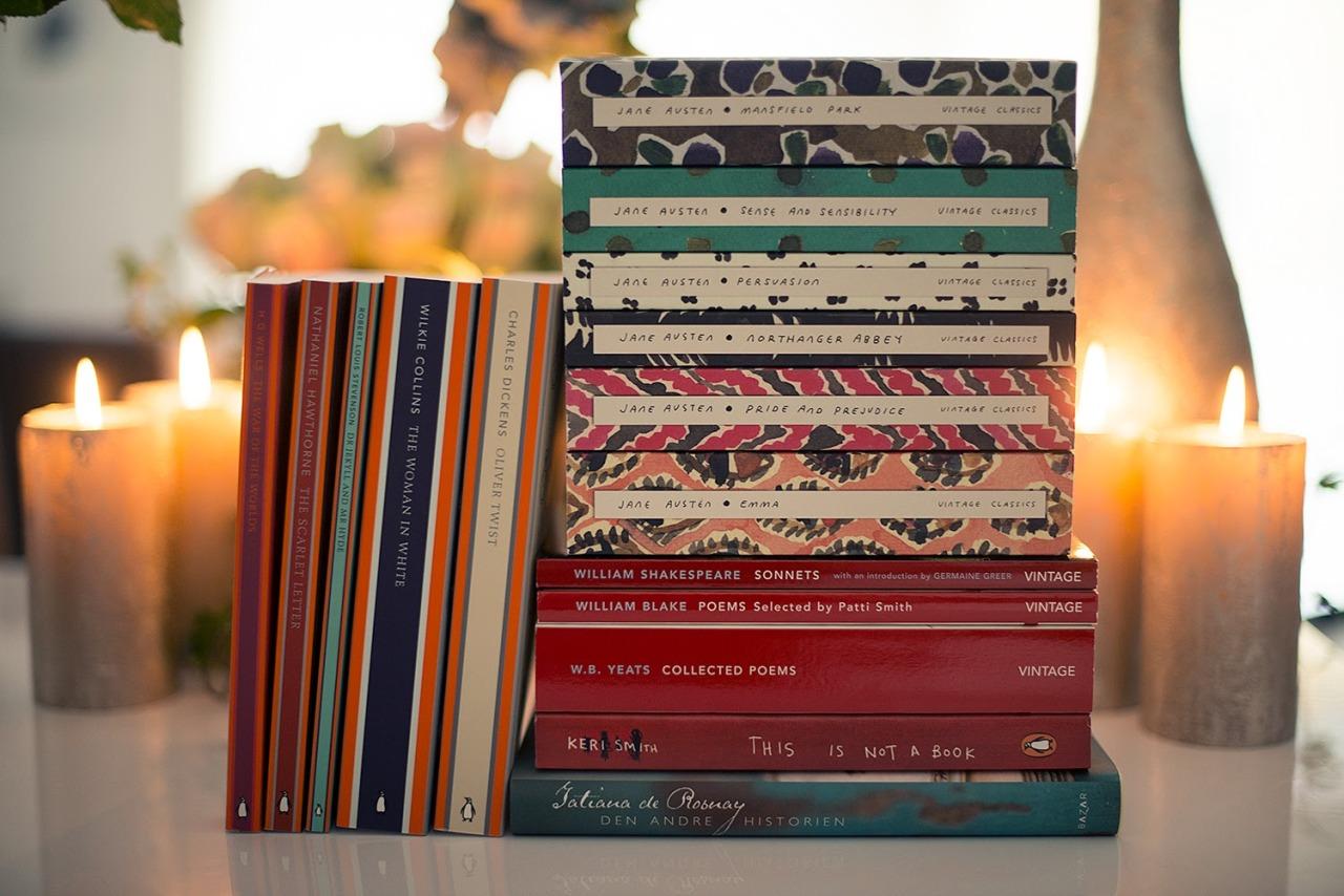 """thebookcastle:September"