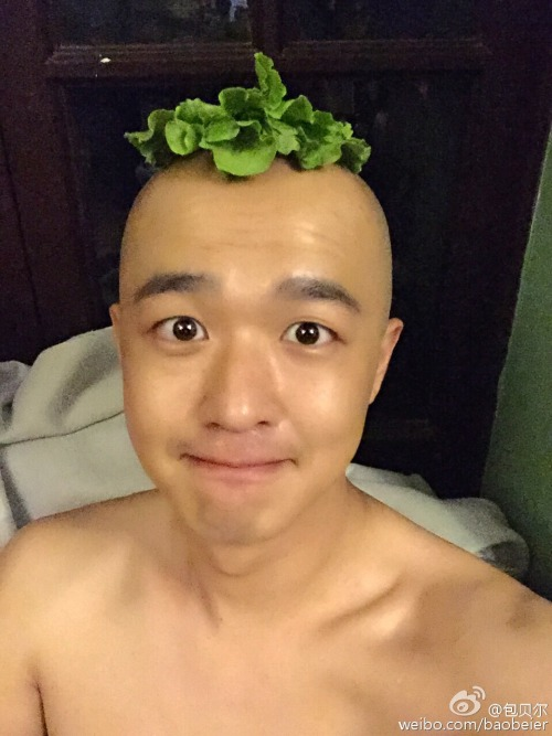 Bao Bei'er cosplaying Wuba from Monster Hunt