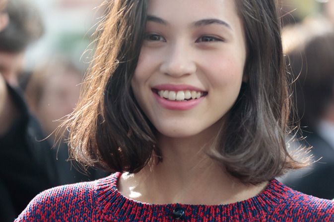 "Netizens: ""Gdragon's Kiko Posted a Picture of her Vagina on Instagram"" Going Viral. [[MORE]] Kiko Mizuhara shared a picture on instagram which is now going Viral.  Some Netizens are saying that she hashtagged someone named ""Lina Scheynius"" , and that it's not Kiko. Others are saying it's hers because she did a photoshoot with Lina Scheynius before because she also posted an instagram photoshoot she did with her to her Instagram. Either way she's currently being slut-shamed, insulted, bashed and called all kinds of names on her instagram. Here's her post on Instagram: ""Source"" Yesterday she explained on twitter that that is not a picture of her, and it's just art. Kiko's Explanation: …It's not me, don't worry… … It's the works of a photographer called Lina scheynius… ——- There are people who are commenting saying the picture is vulgar. There are many people who are confusing art with erotism. This is art. The porn that's lined up in the convenient store, those are vulgar. I dont think either is right. I think both have the right to be called ""different"". I just don't want you all to put those two (art and porn) together and call them both vulgar."