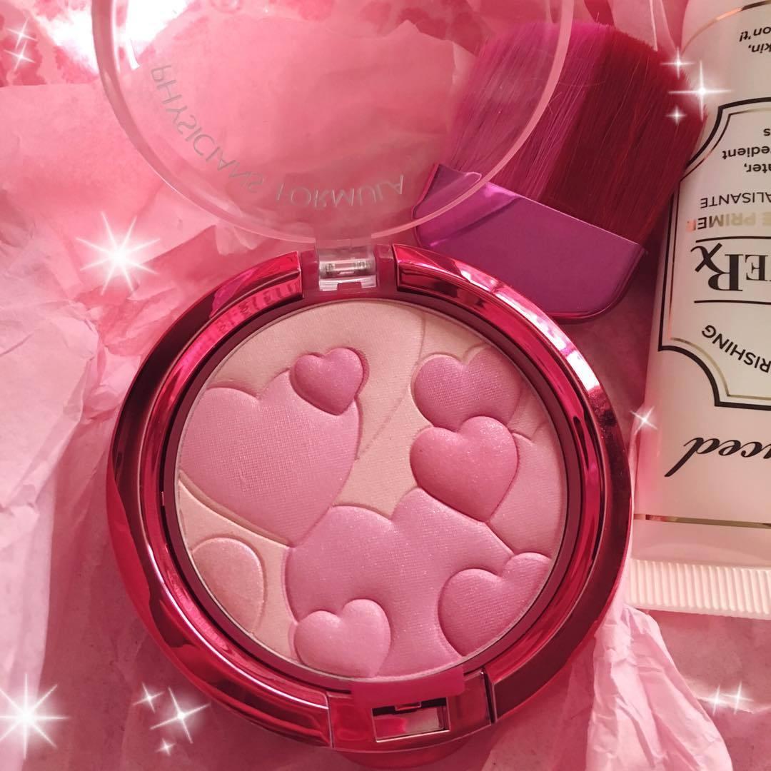 2kawaiitofunction:  This blush is too cute to use #cute #pink #blush #physiciansformula #pastel #kawaii #makeupaddict