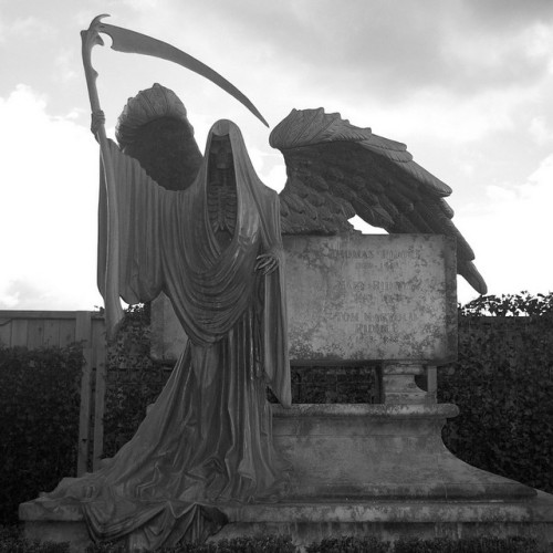 Image result for gothic gravestone