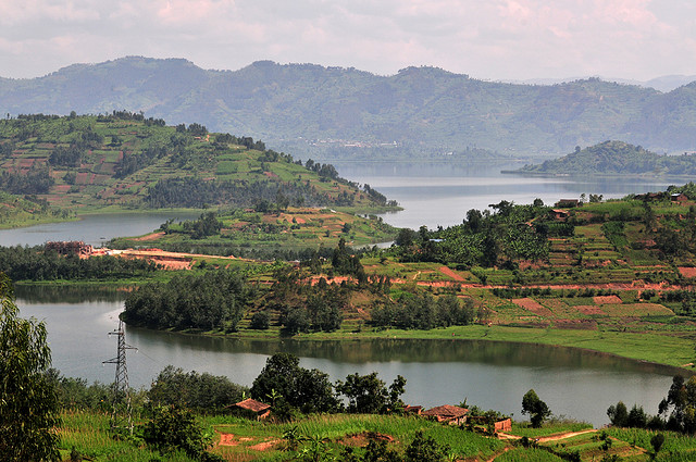 Northwestern Rwanda by CIAT. CC BY-SA 2.0 via Flickr.