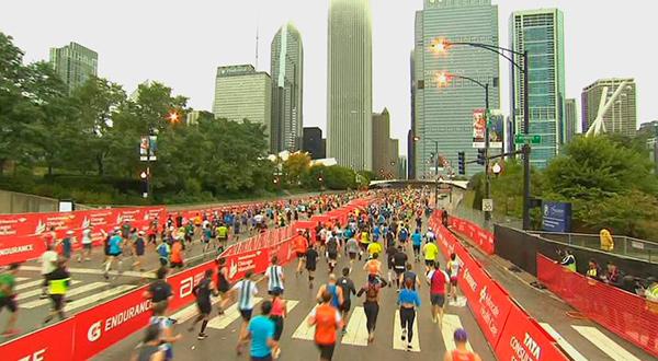 Más de 45 mil corredores estuvieron en la línea de salida del maratón de Chicago 2018/Telemundochicago.com