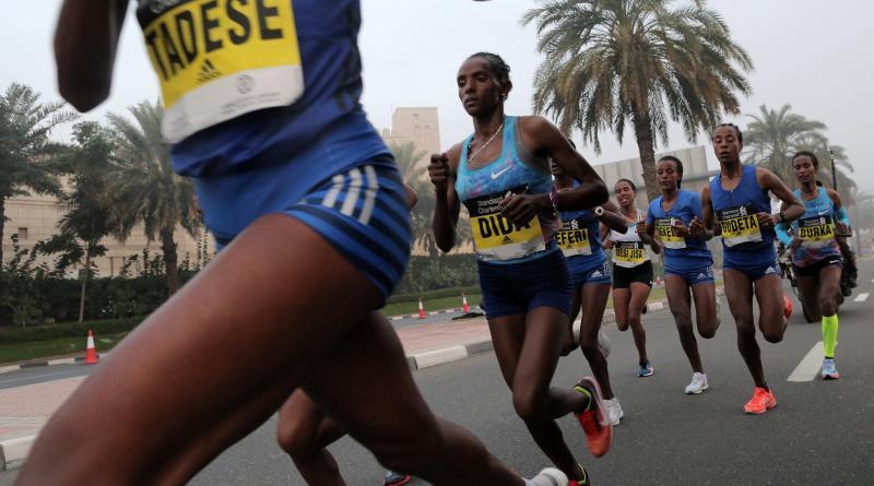 En el caso de los maratonistas es importante realizarse una prueba de esfuerzo/Foto referencial EFE