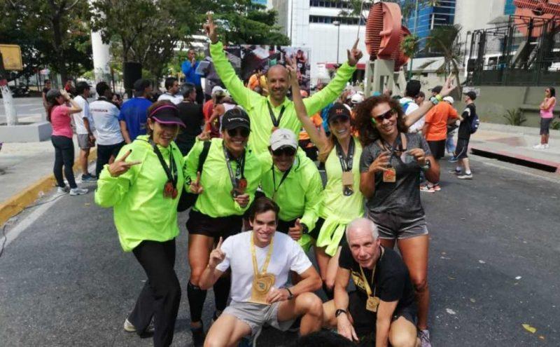Los amigos del club de corredores Cuatro Elementos ocuparon algunos de los podio en 10K y en la media maratón