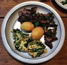 Maronen,Sinat mit Rührei,Kartoffeln - 25.10.15 (9)
