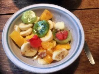 13.3.16 - Focaccia,Hummus,Salat,Obstsalat,vegan (24)