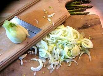 29.4.16 - Kartoffelgratin,grüner Spargel,Fenchelsalat (11)