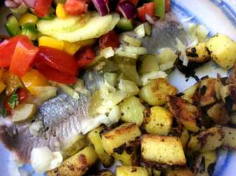9.5.16 - Matjes,Kartoffeln,Salat,Obstsalat (18)
