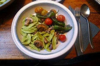 18.6.16 - Grüne Nudeln,Gemüse (12)