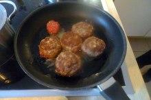 frikadellenrosenkohlfeldsalatsalzkartoffeln-6