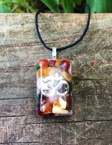 Garnet Pendant – Orgonite® – Grounding