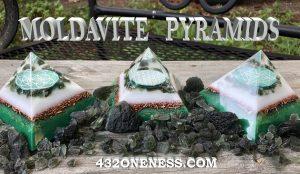 moldavite pyramids