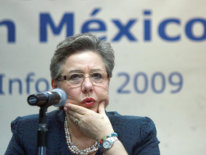 Margarita Zorrilla se reunió ayer con los senadores que procesan la creación de la ley que dará sustento a las actividades del INEE. Foto: Archivo