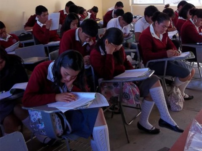 Hasta en 600 pesos venden prueba ENLACE en escuelas de la GAM
