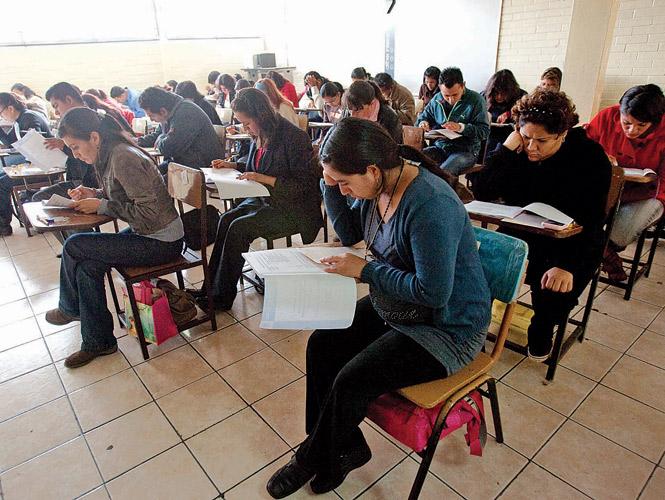 Los concursos de plazas de maestros fueron producto de un acuerdo entre el gobierno federal y el SNTE. Foto: David Hernández/Archivo
