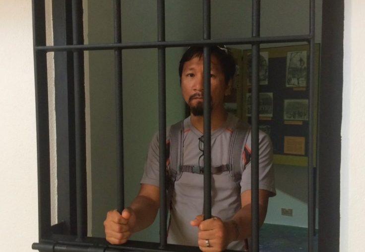 Trin in jail in Cartago