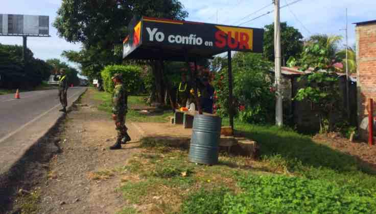 Police on the way to San Juan Del Sur