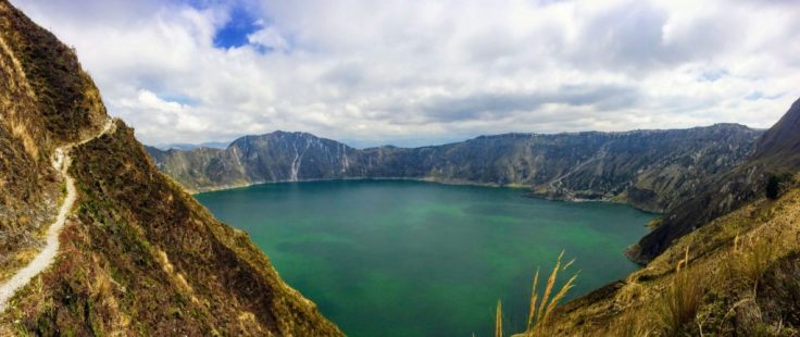 Colors of Quilotoa Lake