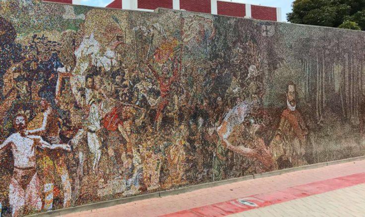 Mural depicting Peru hitory war