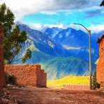 DAY-TRIPPING IN THE SACRED VALLEY