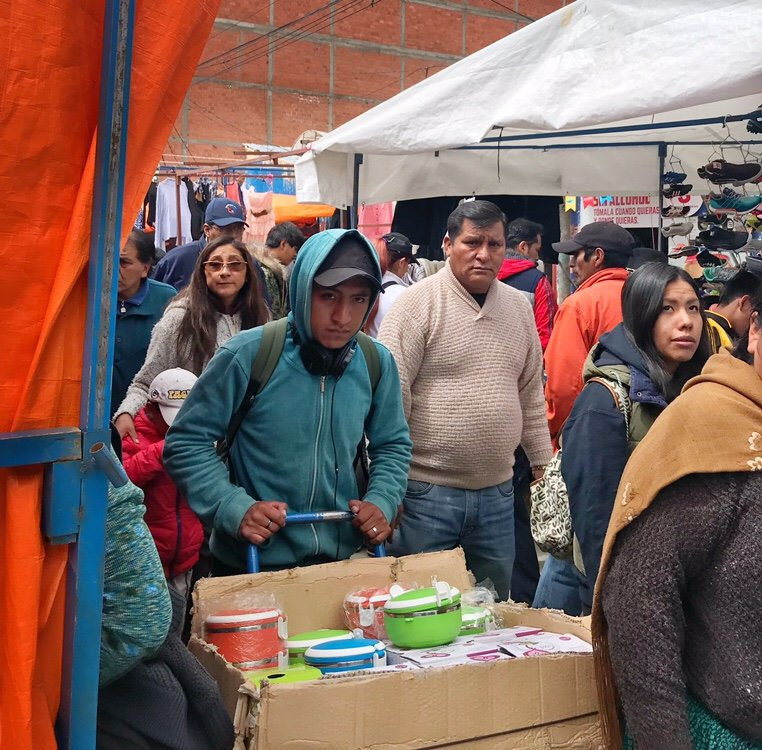 Cart Vendor in La Paz shopping south america