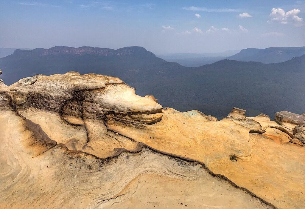 Rocks on the edge of the lookout in the Blue mountains, New South Wales, Australia
