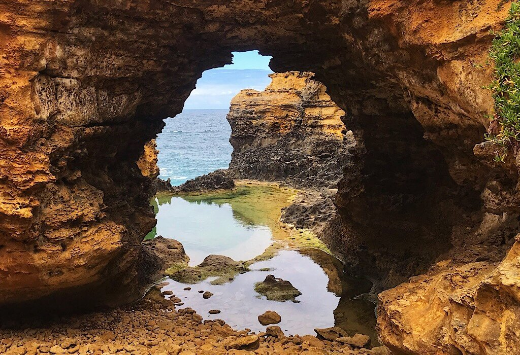 The Grotto on the Great Ocean Road, Victoria, Australia