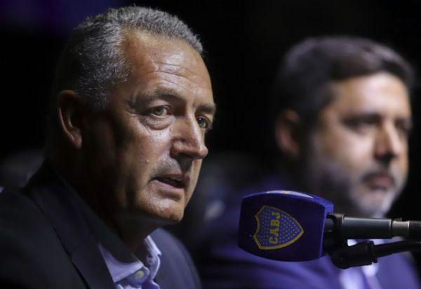 """Alfaro llegó a Boca: """"Tiene uno de los mejores planteles de América"""""""