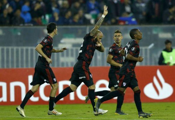 River derrota a Palestino en Chile y tiene un pie en octavos de final