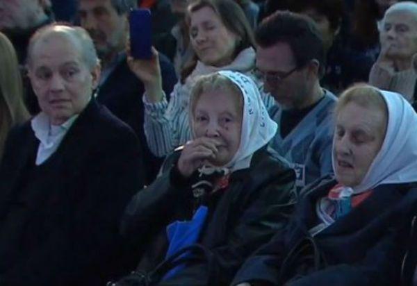 """Alejandro Sabella asistió a la presentación de """"Sinceramente"""""""