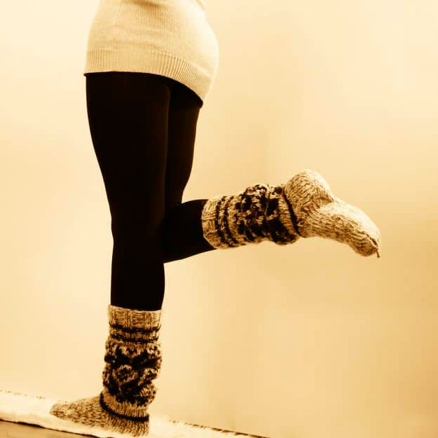 Insulate Using Running Tights Or Pantyhose | Cold Weather Hacks To Keep You Cozy This Winter