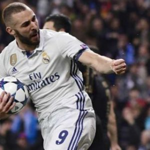 karim-benzema-real-madrid-champions-league_crlsc4xf5fiw1jlx6d27ku9b8-320x320-300x300 News Recent Posts Sports Vídeos