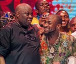 """Photos: Davido and Dele Momodu Finally Ends Beef … Well, """"Nobody Wins When the Family Feuds"""""""