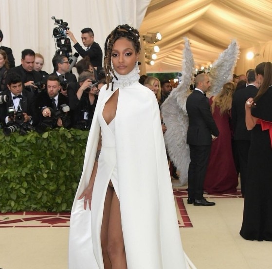 Jourdan Dunn's Vagina Was On Full Display As She Suffered Wardrobe Malfunction At Met Gala [Photos]