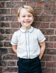 Royal Family: Charming New Portrait of Prince George Released To Mark His 5th Birthday