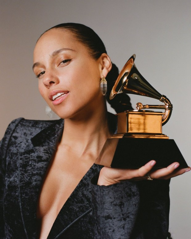 Alicia Keys to host the 2019 Grammy Awards