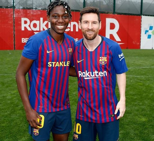 Super Falcons star, Asisat Oshoala meets Lionel Messi at training (Photo)