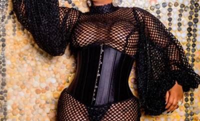Toyin Lawani bares her boobs in sexy new photos