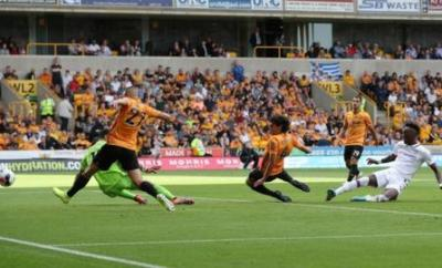 Tammy Abraham scores for Chelsea against Wolves