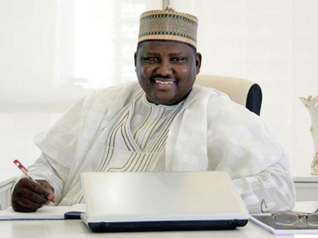 Niger Republic alerts FG of .7m (N610m) cash in Maina?s Niamey home