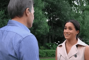 Meghan Markle says her British friends warned her not to marry Prince Harry (video)
