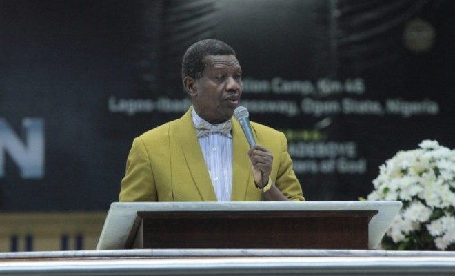 Nigerians tackle Pastor Adeboye over his prayer